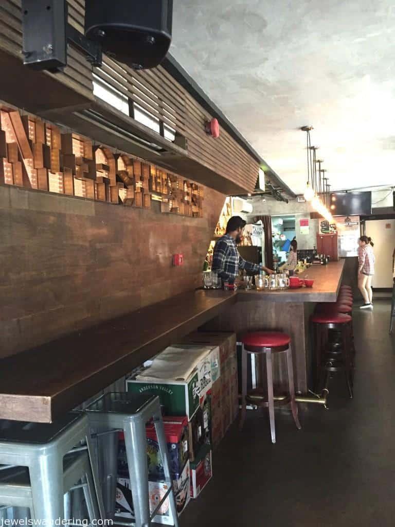 The Beast, Singapore, Restaurants