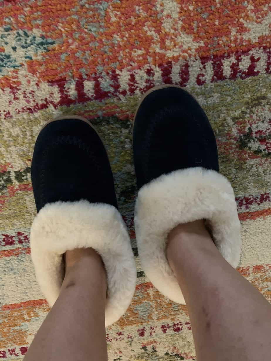 Navy blue furry slippers